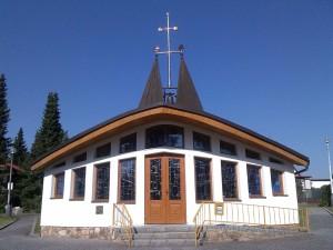 Kostel-upr